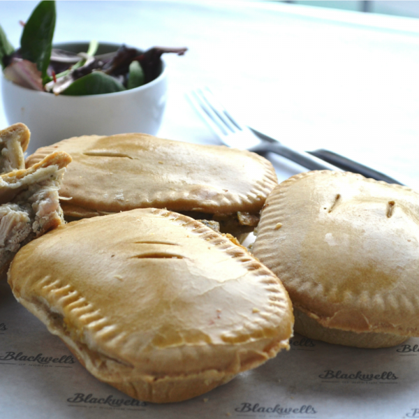 chicken mushroom and leek pie